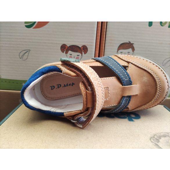 D.D. Step fiú bőr szandálcipő 25,26,27,28,30-s méretben