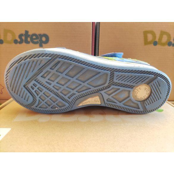 D.D. Step szandálcipő 32-s méretben