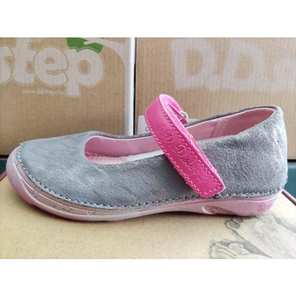 D.D. Step szandálcipő 25,26,27,28,29,30-s méretben