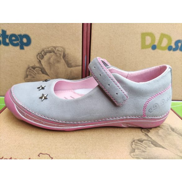 D.D. Step lány bőr szandálcipő 33,35-s méretben