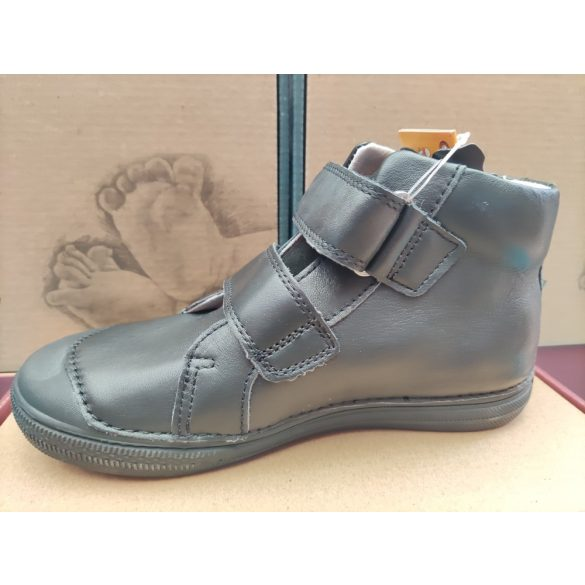 D.D. Step bőr cipő 31,32,33,34-s méretben