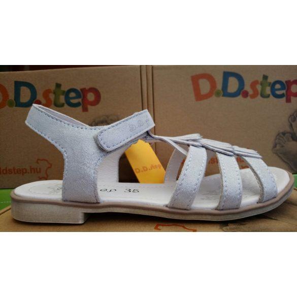 D.D. Step lány bőr szandál 28,29,32-s méretben