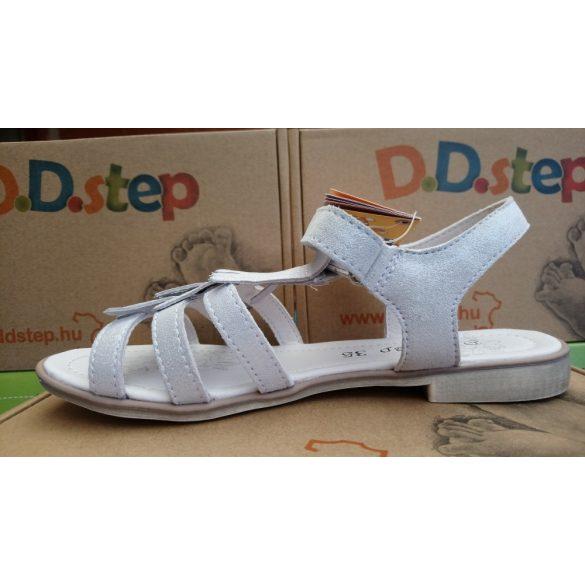 D.D. Step lány bőr szandál 28,29,30,32,33-s méretben